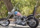 """Chcesz poczu� si� jak Kapitan Ameryka? Motocykl Petera Fondy z filmu """"Easy Rider"""" na sprzeda�. Cena: 1 mln dol."""