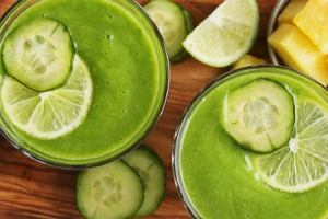 Detoks na zielonych koktajlach. Co się stanie, jeśli przez 10 dni będziesz pić zielone koktajle?