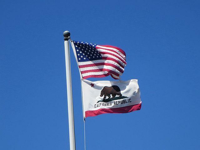 Kalifornia. Flaga
