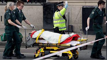 Londyn. W okolicy brytyjskiego parlamentu doszło do dwóch poważnych incydentów, które policja oceniła jako atak terrorystyczny