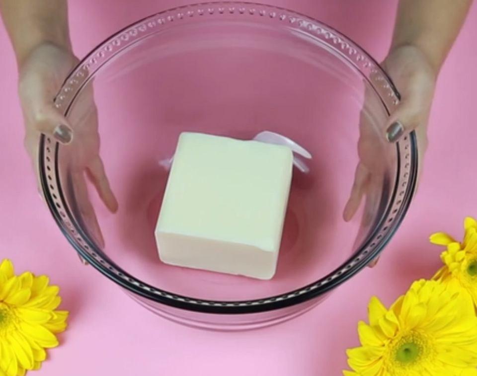 DIY: Własnoręcznie robione mydełka
