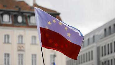 Marsz zwolenników demokracji - w Święto Niepodległości. Warszawa, 11 listopada 2017