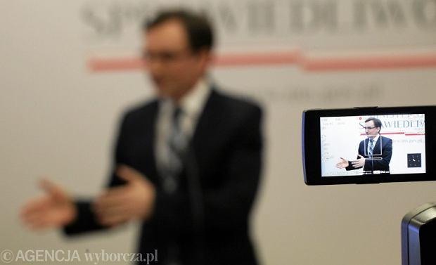 Konferencja ministra Ziobry na sto dni rz�du
