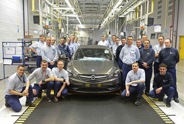 Opel Cascada - rozpoczęcie produkcji w Gliwicach