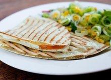 Quesadilla z łososiem i kremowym serkiem - ugotuj