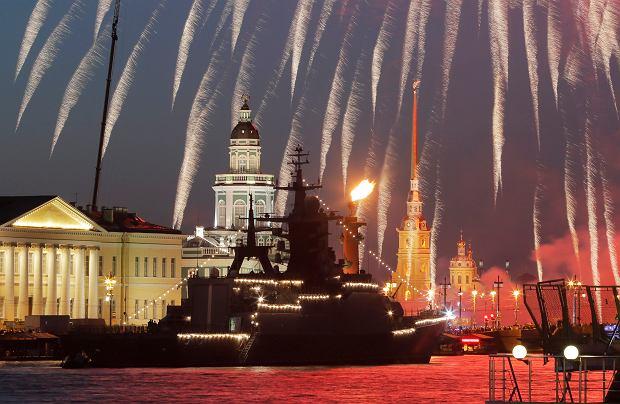 Rosja pręży muskuły. 5 tysięcy marynarzy i okręty atomowe w Petersburgu