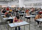 Próbna matura z Operonem - prawie połowa maturzystów nie zdała!