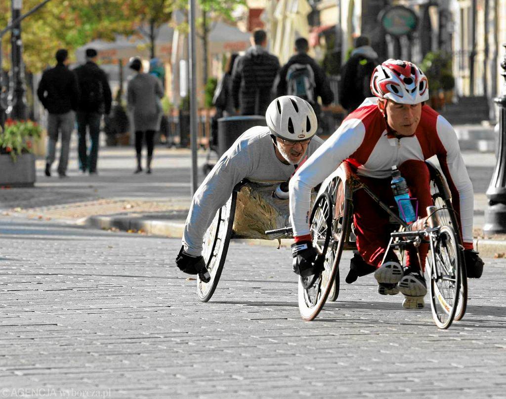 Maraton w Poznaniu bez niepełnosprawnych.  Bo zablokują miasto  01d9e6a4422