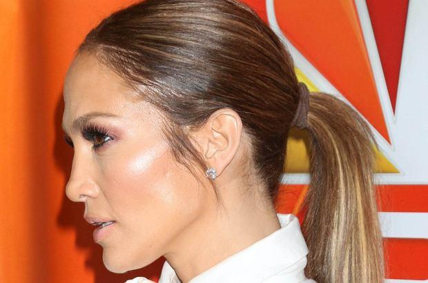 Jennifer Lopez to chodząca perfekcja, ale nawet jej zdarzają się wpadki. Tym razem gwiazda zaprezentowała niezbyt udany makijaż.