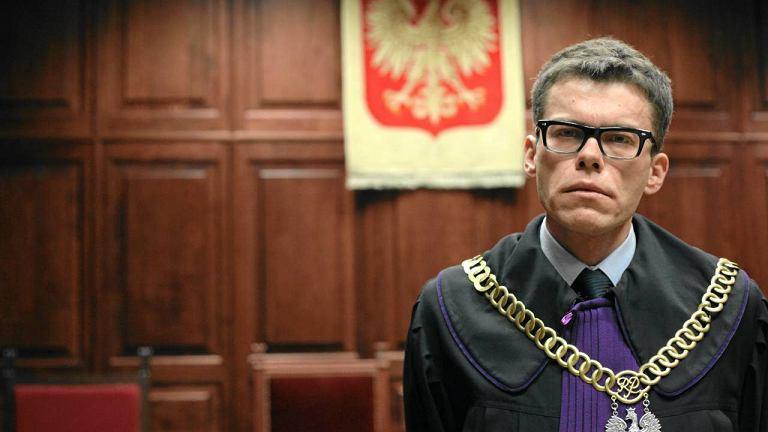 Sędzia Igor Tuleya. Za odwagę wygłaszania bolesnych opinii, proste i czytelne uzasadnienie oraz przypomnienie na czym naprawdę powinna polegać praca sędziego.