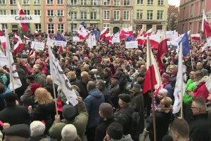 "Manifestacje KOD-u w ca�ym kraju. ""Obronimy demokracj�!"""