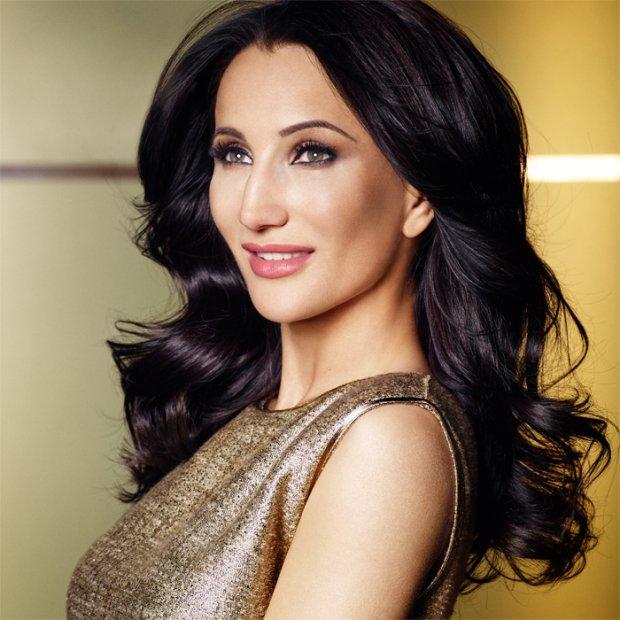 Luxe Avon: Justyna Steczkowska zosta�a twarz� luksusowej linii kosmetyk�w