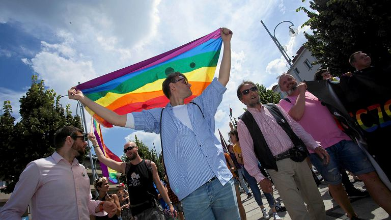 Pierwszy Marsz Równości w Częstochowie. Wsparli go wrocławianie