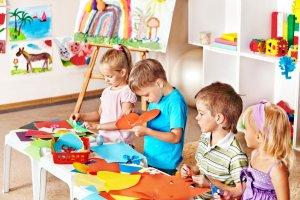 Język obcy obowiązkowy już w przedszkolach. Kto poprowadzi lekcje?