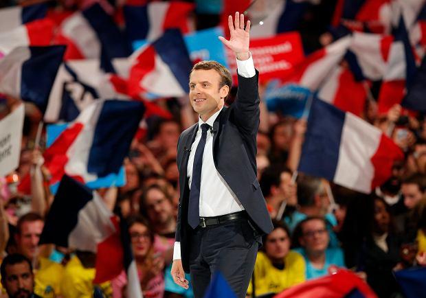 """Przywódca francuskich muzułmanów wezwał do poparcia Macrona. """"Obywatele muszą zrozumieć..."""""""