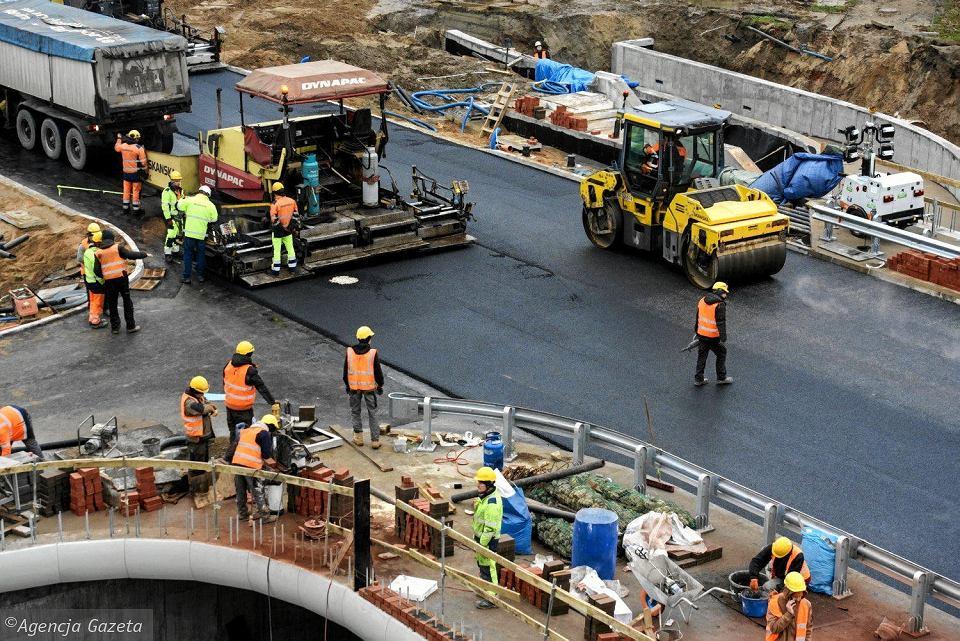 Prace przy moście św. Jakuba przy ul. Pieniężnego w Olsztynie