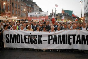 PO już nie chce pomnika smoleńskiego na tyłach Krakowskiego Przedmieścia