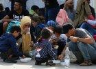W�adze Austrii zamkn�y przej�cie na granicy z W�grami. W�gry boj� si� katastrofy humanitarnej