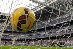 Wyścig po więcej niż 100 mln, czyli Real kontra Barcelona poza boiskiem