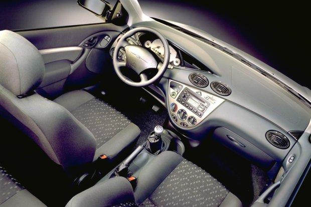 Ford Focus I - wnętrze