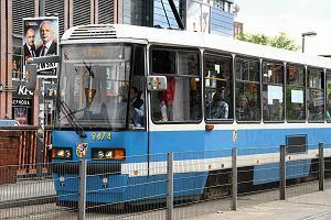 Jak jedzie ten tramwaj? Oka�e si� dopiero za zakr�tem