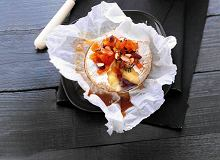 Camembert zapiekany z miodem - ugotuj