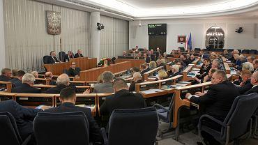21.12.2017, posiedzenie Senatu.