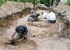 Ekshumacje ofiar zbrodni niemieckich na cmentarzu wojskowym