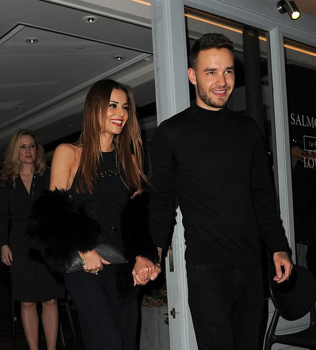 aPicture Shows: Cheryl Fernandez-Versini, Liam Payne March 10, 2016 Cheryl Fernandez-Versini and new boyfriend Liam Payne from One Direction are seen leaving Salmontini le Resto restaurant at 02:00 am after a date in London, England. Non-Excluisve WORLDWIDE RIGHTS Pictures by : FameFlynet UK  2016 Tel : 44 (0)20 3551 5049 Email : infofameflynet.uk.com