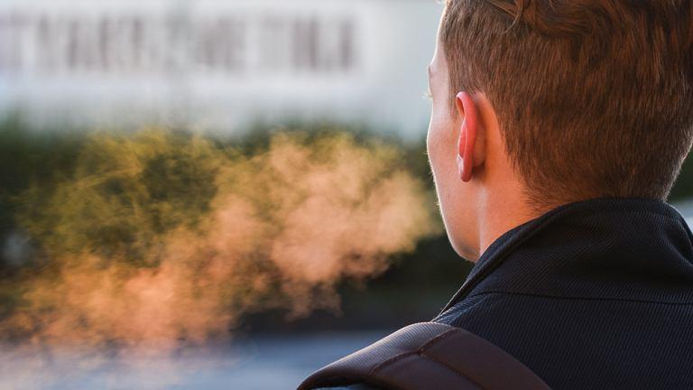 Chory na grypę nie musi kichać lub kaszleć, by zarażać. Wystarczy, że oddycha