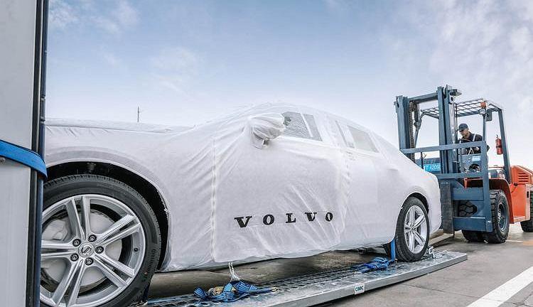 Pierwsza dostawa Volvo S90 z Chin