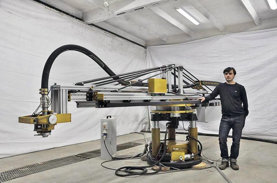 Tak wygląda drukarka od Apis Cor. Można ją bez problemu przetransportować na miejsce budowy. Do pracy jest gotowa w ciągu pół godziny!