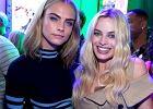 Cara Delevingne czy Margot Robbie? Bitwa na stylizacje