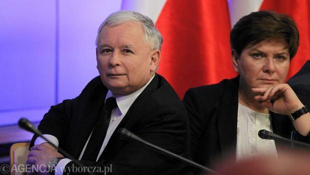 Jaros�aw Kaczy�ski i Beata Szyd�o
