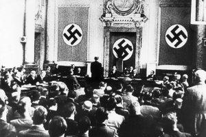 Roland Freisler. Czerwony kat Hitlera