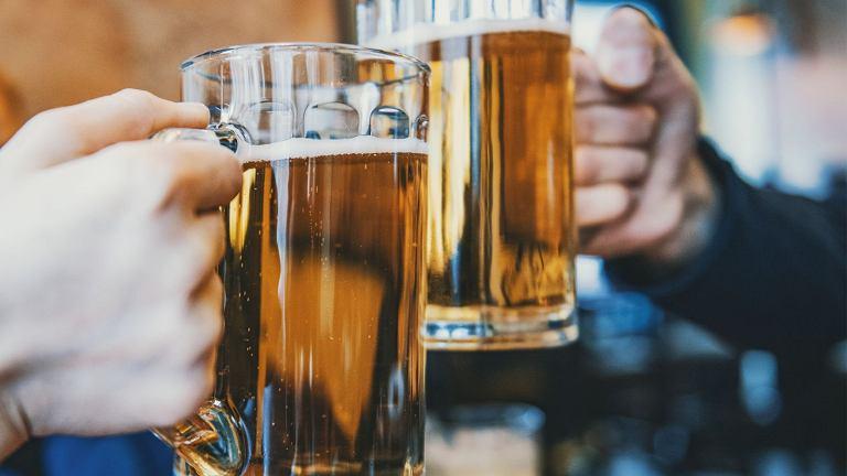 Dwie największe organizacje reprezentujące przemysł piwowarski w Polsce - Związek Pracodawców Przemysłu Piwowarskiego oraz Stowarzyszenie Regionalnych Browarów Polskich ustaliły, że piwem można nazywać napój, który powstaje przede wszystkim na bazie słodu.