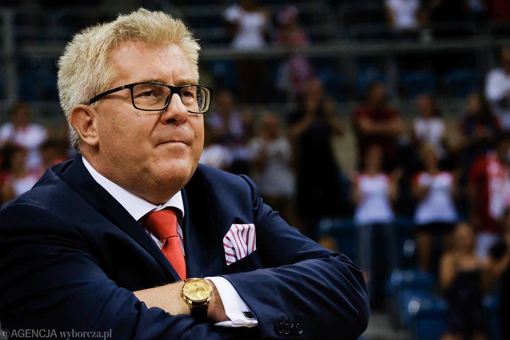 Ryszard Czarnecki i inni europarlamentarzyści udali się na Malediwy. Ambasador kraju złożył skargę