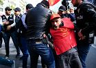 Co robią Turcy pod rządami sułtana Erdogana? Bojkotują pewien jogurt, odkurzają encyklopedie Larousse'a, bo Wikipedię zablokowano...
