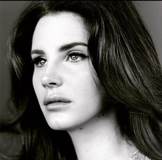 """Do sieci trafił nowy kawałek Lany Del Rey zatytułowany """"Terrence Loves You"""". Numer zapowiada trzeci album wokalistki, który ukaże się 18 września."""