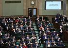 Młody w polskiej polityce jest podwładnym szefa. Aż przestaje być młody, zanim wybije się na niezależność