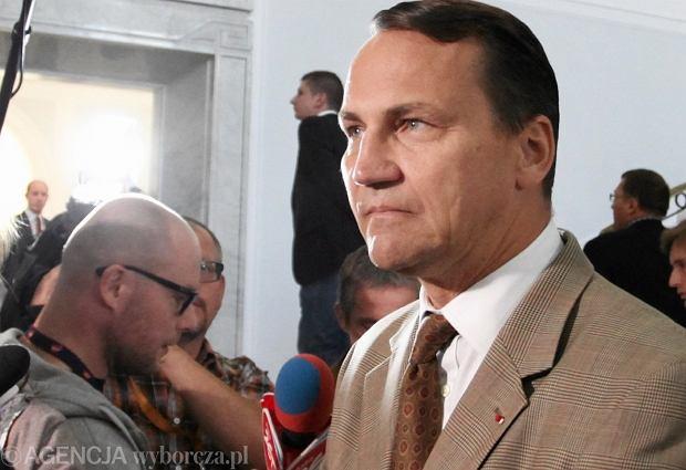 Sikorski: Polska rozczarowana decyzj� Ukrainy ws. umowy stowarzyszeniowej z UE