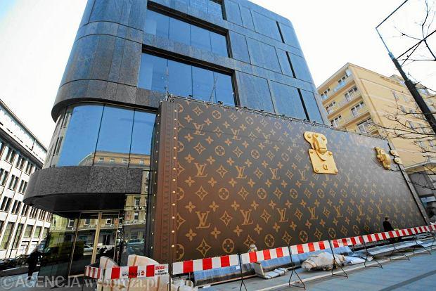 """Odwiedzili�my sklep Louis Vuitton w Polsce. """"Prosz� otworzy� torb�"""""""