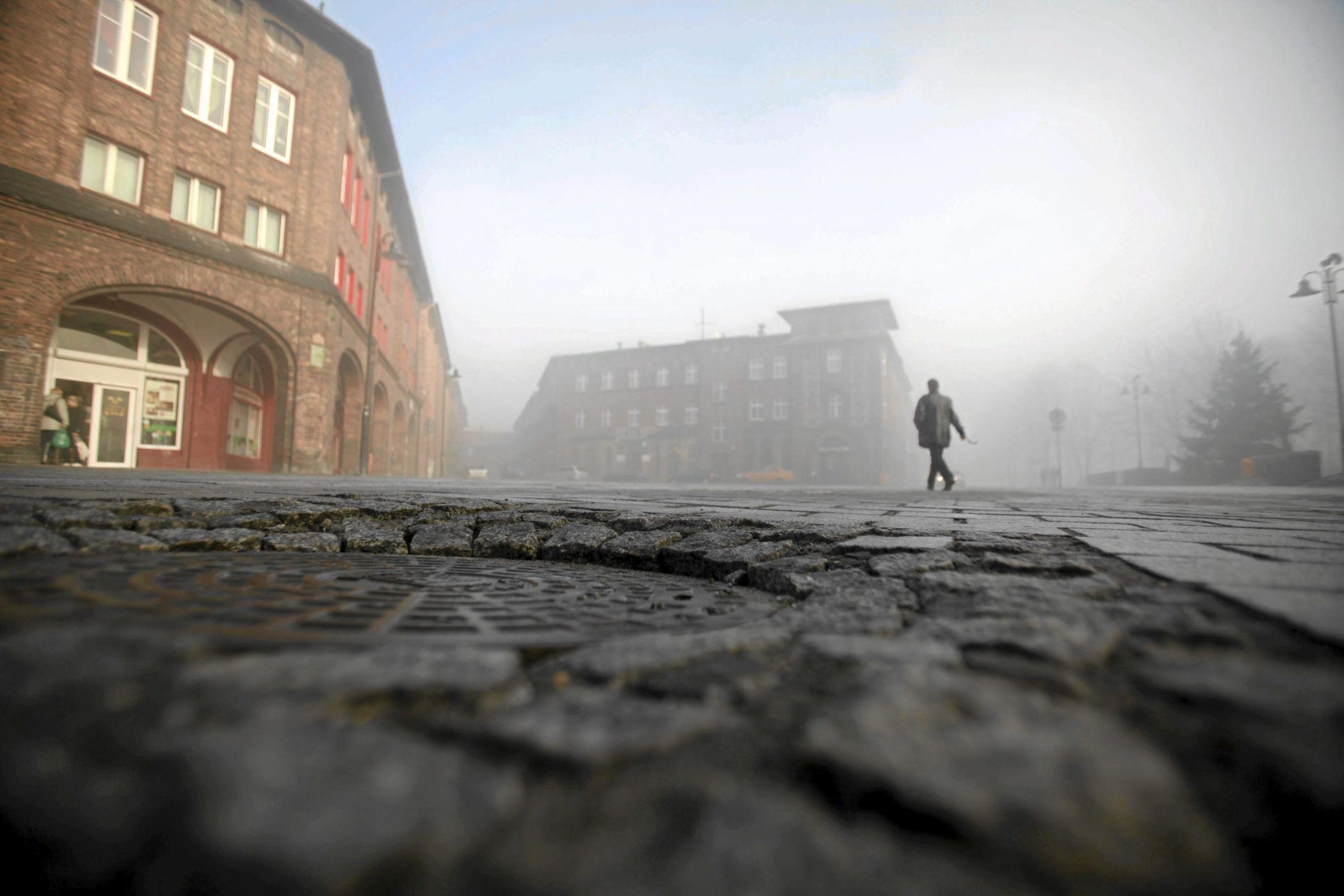 Zabytkowa dzielnica Nikiszowiec w Katowicach (fot. Dawid Chalimoniuk / Agencja Gazeta)