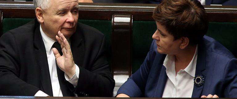 Ostrze�enie dla Polski: pog��biaj�cy si� kryzys konstytucyjny mo�e wp�yn�� na rating