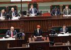 """Sejmowa debata o 500 zł na dziecko. """"To program dla wybranych i oszustwo wyborcze"""""""