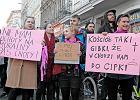 """""""Nie dla torturowania kobiet!"""" - tysi�c os�b na demonstracji pod siedzib� PiS [WIDEO]"""