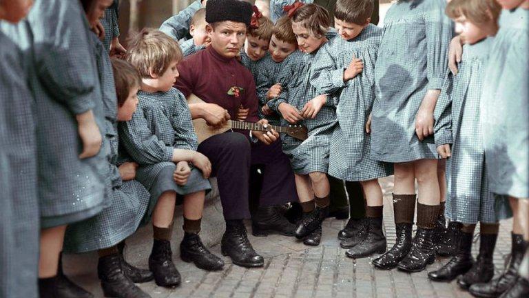 ''Nocna wied�ma'' Stalina i rodzina cara - te kolorowe zdj�cia to prawdziwa podr� w czasie