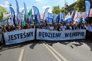 W sobotę Marsz dla Europy, frankowicze i opony przed MEN