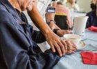 Wielki przewodnik po prywatnych domach opieki nad starszymi. Sprawd� sw�j region