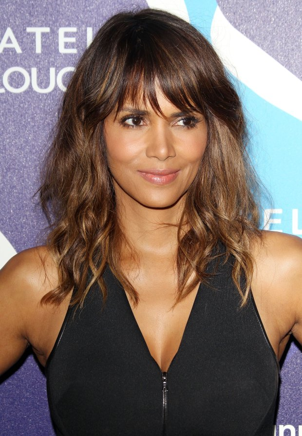Pictured: Halle Berry<br> Mandatory Credit   Frederick Taylor/Broadimage<br> 2nd Annual unite4:humanity Presented By ALCATEL ONETOUCH - Arrivals<br> <P> 2/19/15, Los Angeles, California, United States of America<br> <P> <B>Broadimage Newswire</B><br> Los Angeles 1+  (310) 301-1027<br> New York      1+  (646) 827-9134<br> sales@broadimage.com<br> http://www.broadimage.com<br>